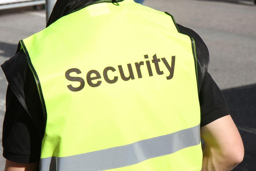 Baustellenbewachung | Wir bewachen Ihre Baustelle - Tag und Nacht | Laris Security